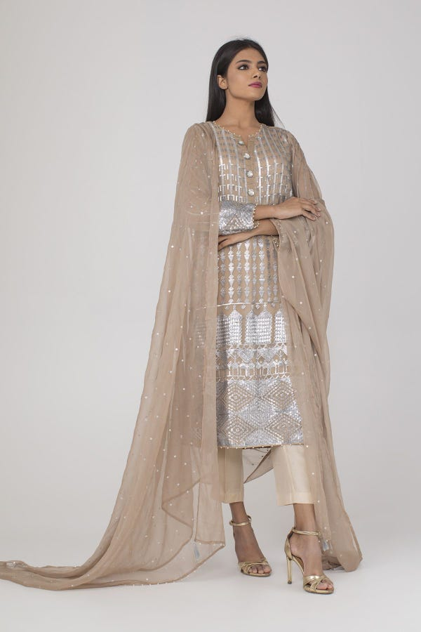 Embroidered Kurta paired with Dupatta